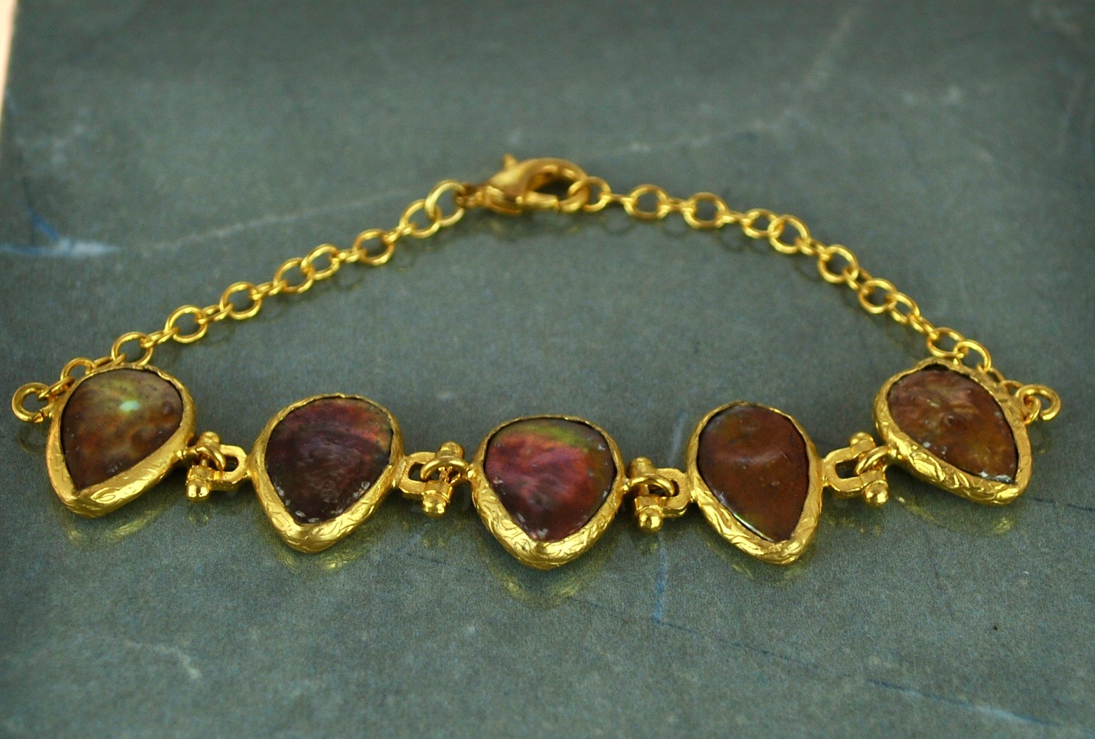 Rust Mother of pearl bracelet in 22k Gold vermeil