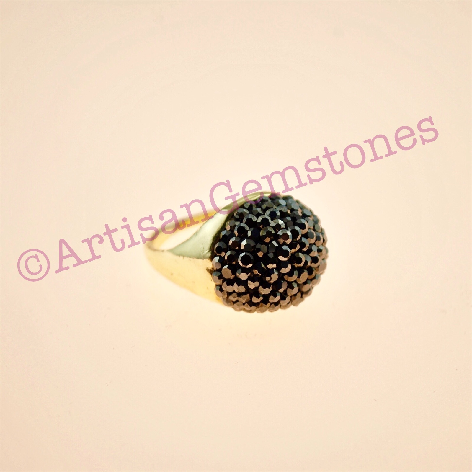 Black and gold 22k Gold vermeil ring in size 17 or Q