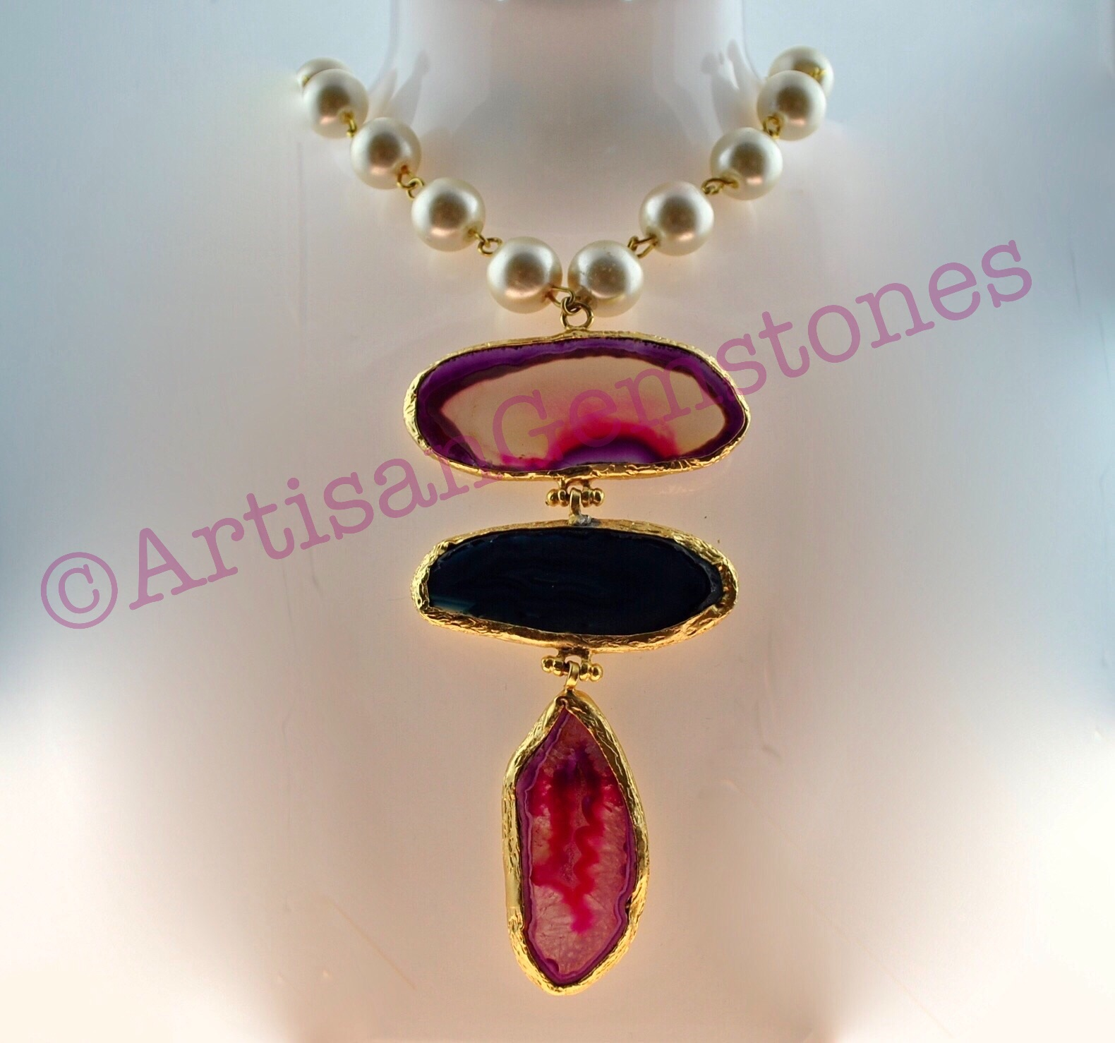 Pearl String and Agate Necklace 22k Gold vermeil