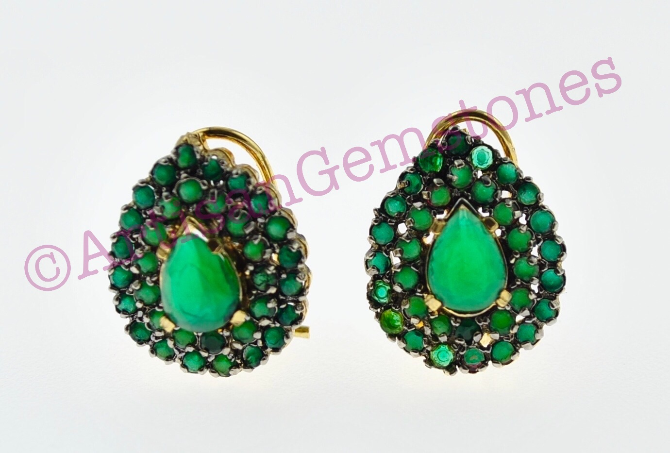 Green small sized Earrings