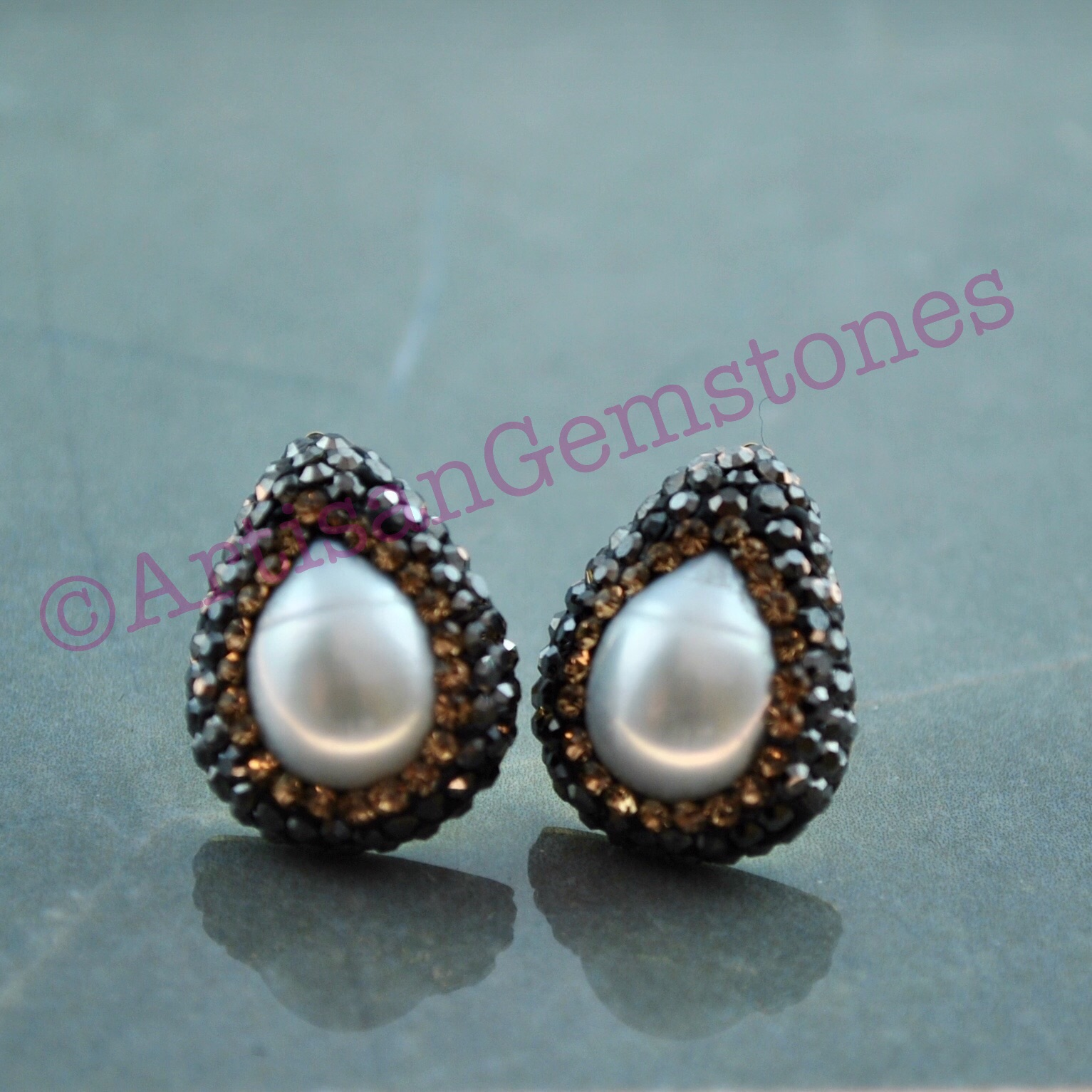 Teardrop Pearl and Gold Studs