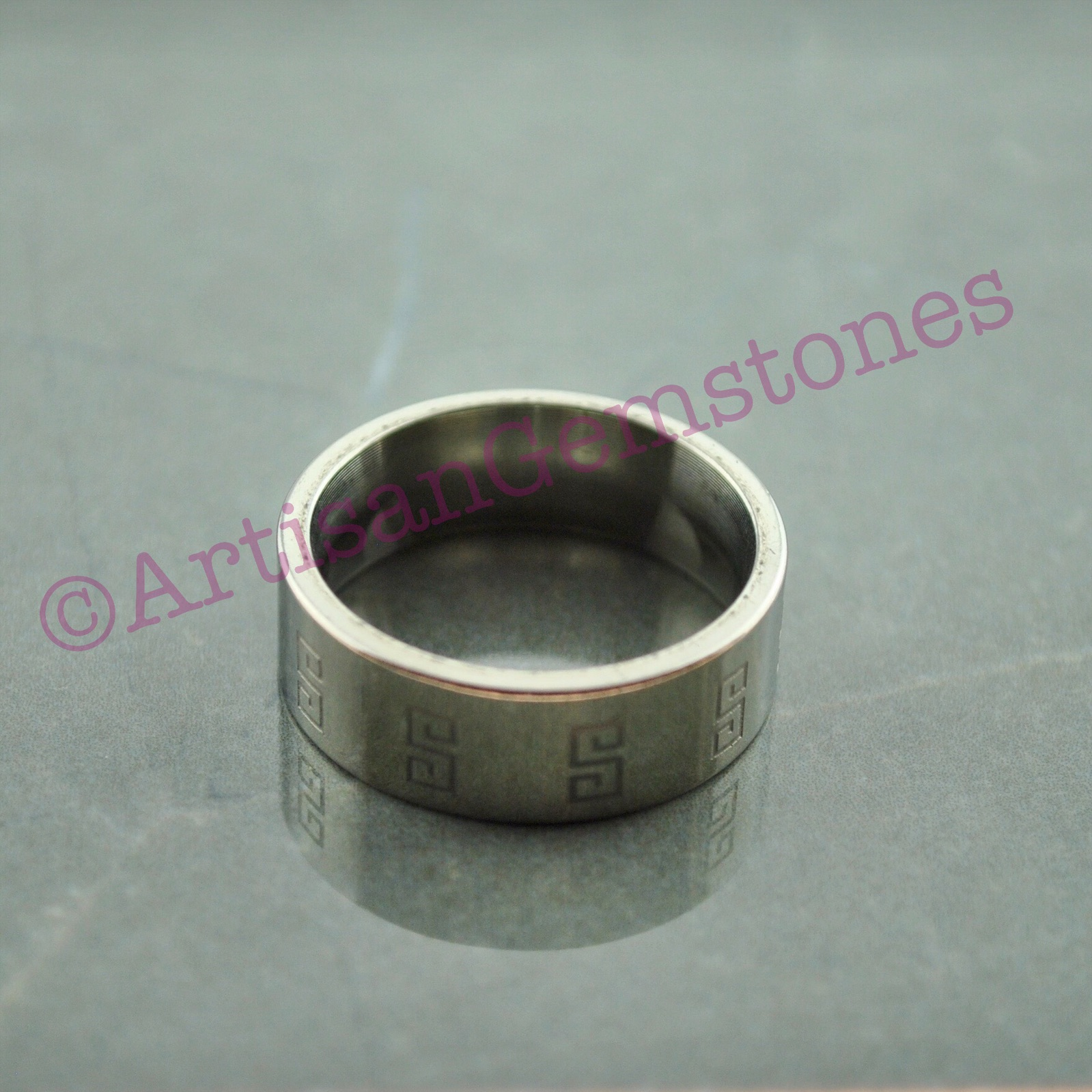 Band Ring with Pattern size 23 or U