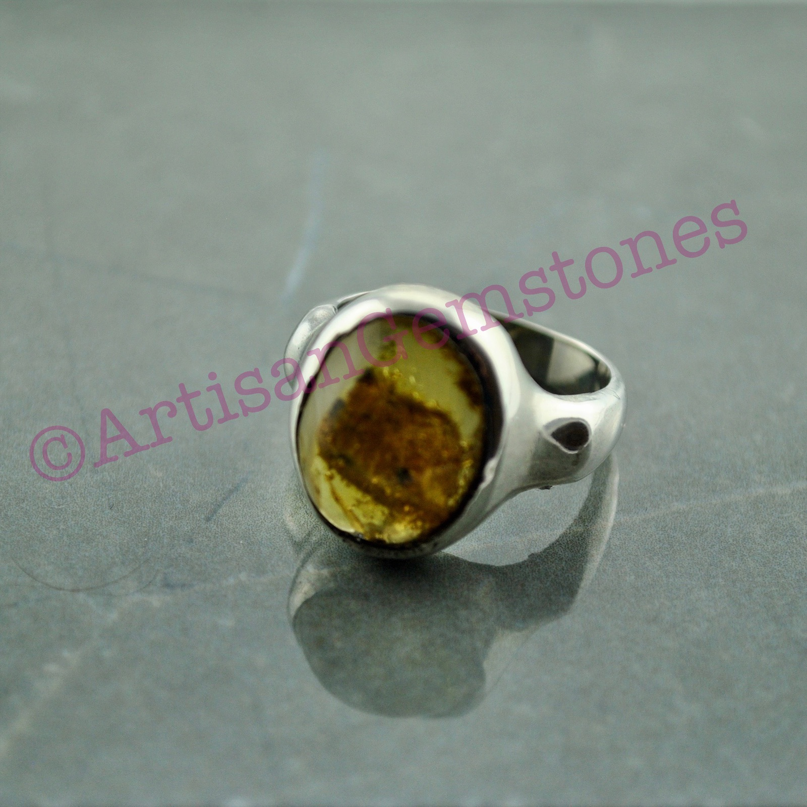 925 Silver Amber stone Ring size 18 or R